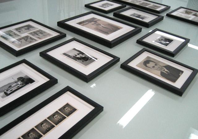 Framing black and white photos